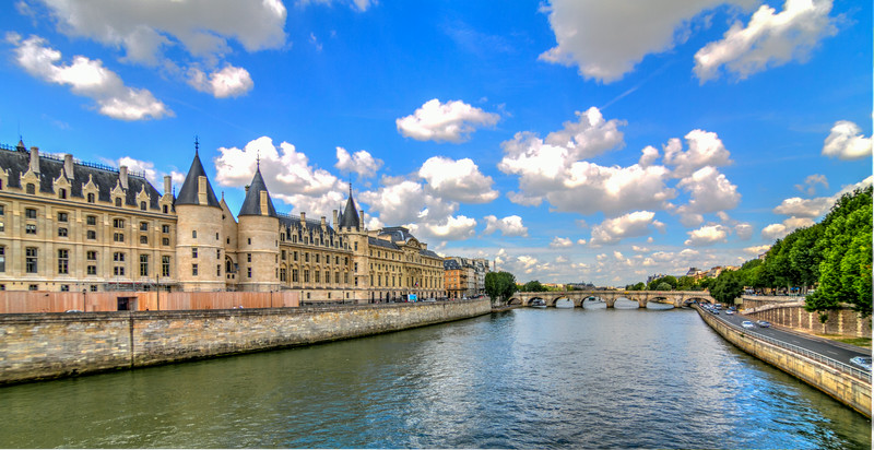 The Conciergerie on the Seine