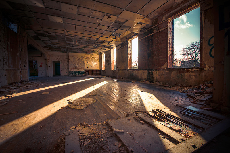 sprawling sunrise . We love that feeling right? You've made your way into the building before sunrise, you've got your camera ready, and the sun comes up, first light, first shot, the sprawling sunrise…. #Urbex