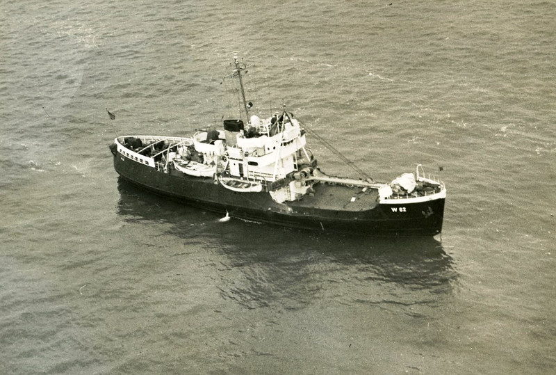 USCGC Cactus Sept 1971,Lost Power Grounded Grays Harbor,Refloated By Salvage Chief,