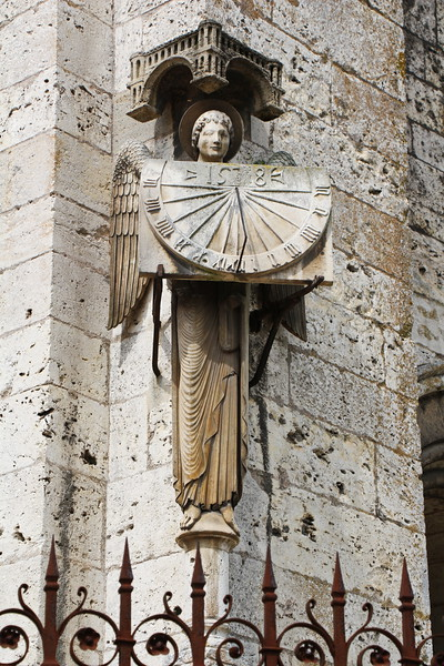 Paris 2013 - Tour of Chartres - Cathedral - Sundial (V)
