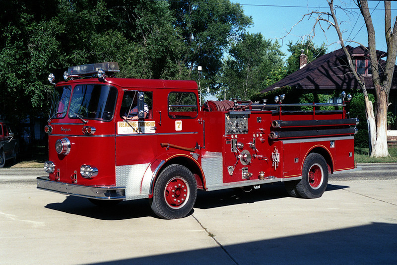 ENGINE 7    SEAGRAVE