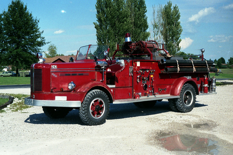 GRANITE CITY STEEL ENGINE 1  1953 FWD  SOLD TO HOLIDAY SHORES FPD