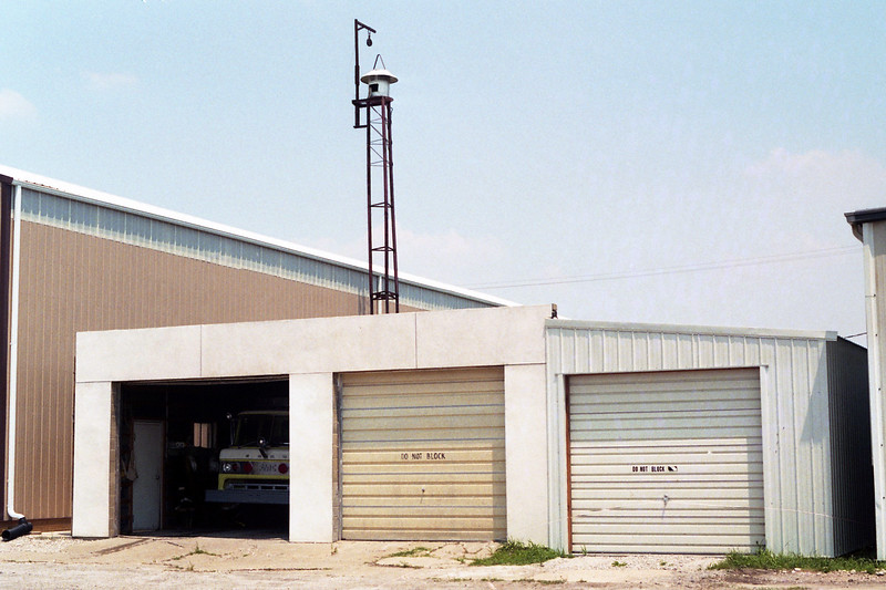 FILLMORE FPD STATION  (FIREHOUSE BURNED DOWN  12-19-2002 0444 AM)