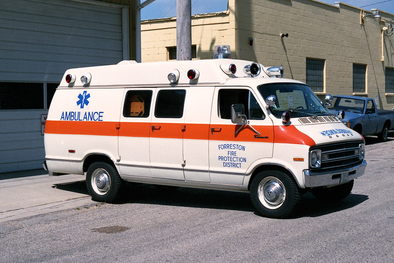 FORRESTON  AMBULANCE  1-F-16  1976 DODGE - WAYNE