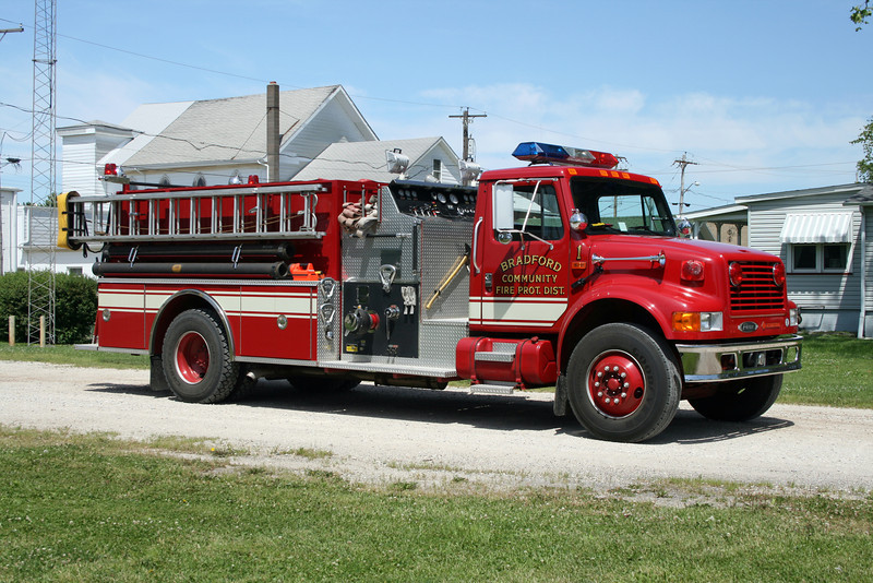 BRADFORD ENGINE 1  IHC 4900 - PIERCE
