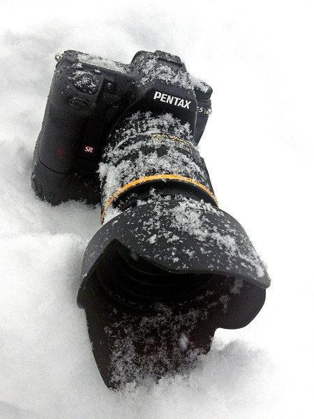 """Weather resistant?  Let's check!"" January 21st, 2012 Heck of a snow storm here in Acushnet, Massachusetts this afternoon.  Glad the body and lens are WR."