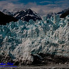 Blue skies over Margerie Glacier near Mount Forde and the seashores of Tarr Inlet within Glacier Bay and Glacier Bay National Park and Preserve (USA AK Gustavus)