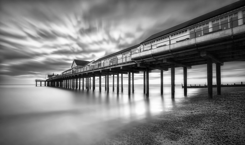 Southwold Pier in Suffolk, at sunrise. Single RAW file, #LongExposure of 3 minutes using the Lee #BigStopper. ISO 100. Aperture F8.0. Canon 5D MKiii, Canon 16-35mm lens.