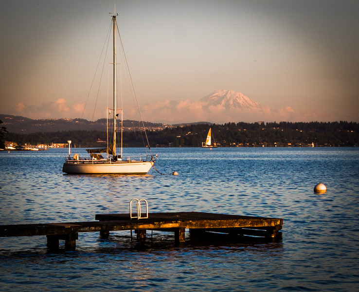 A sunset view of Mt. Rainier across Lake Washington taken from O. O. Denny Park