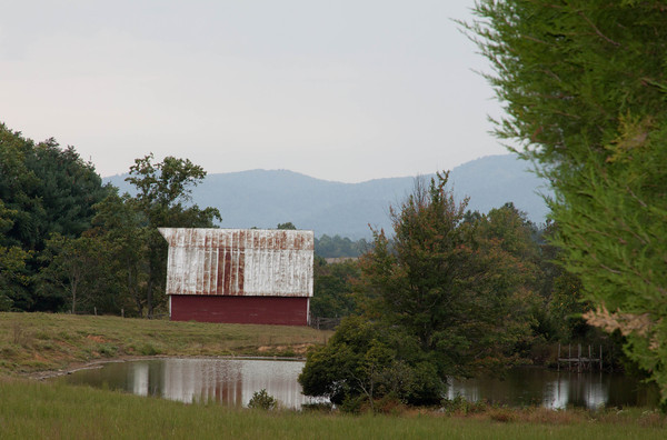 Barn with pond, Virginia