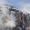 El-Capitain-in-Winter-Yosemite-National-Park-Snow-Fog-Clouds_DSC1385