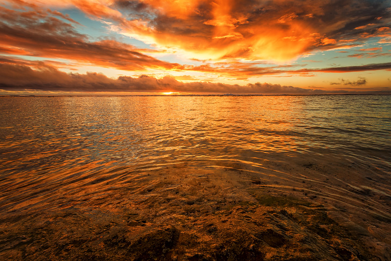 Fire in the Sky, Rarotonga