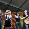 Jimi Westbrook (L), Kimberly Schlapman, Karen Fairchild, and Phillip Sweet (R)
