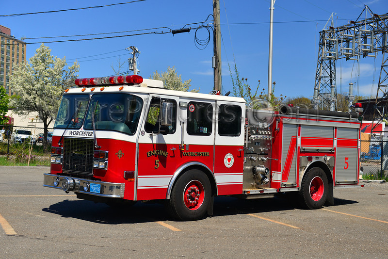 WORCESTER ENGINE 5 - 2002 EMERGENCY ONE 1500/500