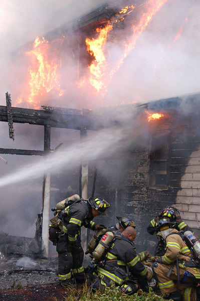 Hackensack 3rd alarm at 275 Clinton Place on 5-26-12.