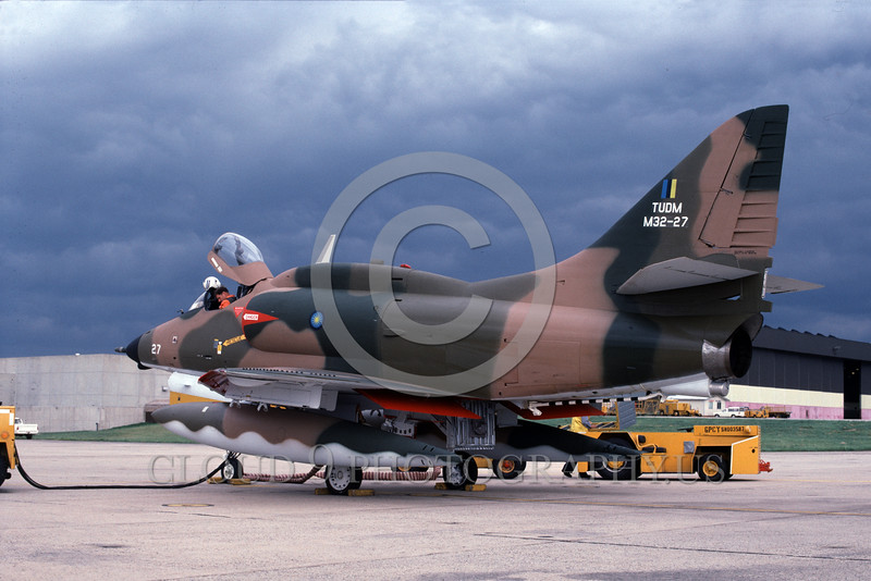 A-4Forg-Braz 0021 A static Brazilian Navy Douglas A-4 Skyhawk attack jet NAS Willow-Grove 6-1985 military airplane picture by Ron Picciani