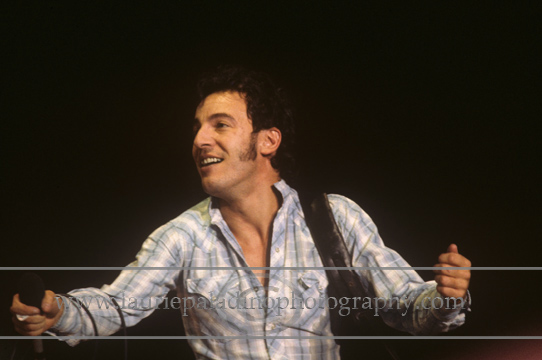 BS_lp_121180_1010 Bruce Springsteen and The E Street Band perform live in concert in December 1980 during The River Tour Mandatory photo credit: ©Laurie Paladino
