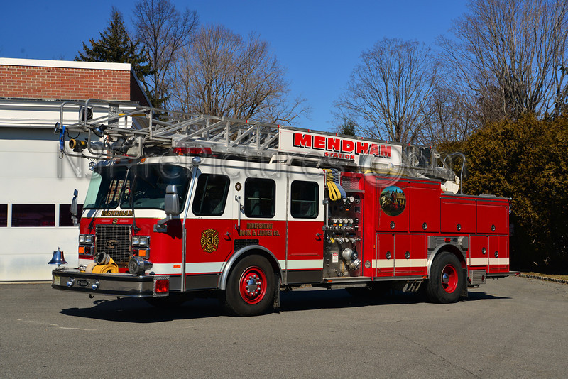 MENDHAM BOROUGH QUINT 3 - 1992 EMERGENCY ONE 1500/500/75'