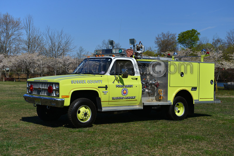 SUSSEX COUNTY PUBLIC SAFETY TRAINING ACADEMY - 1982 CHEVROLET/SAULSBURY 750/300