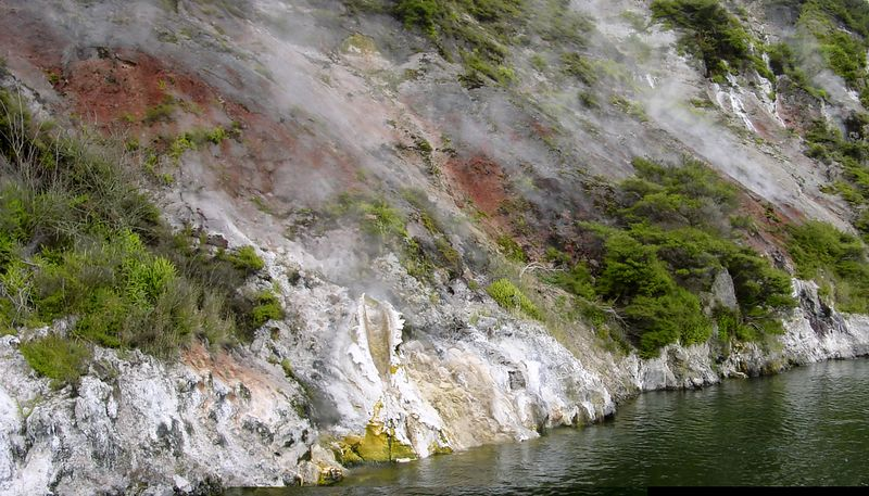 Fumeroles in hot cliffs<br /> Lake Rotomahana<br /> Tarawera<br /> New Zealand - 5 Jan 2005