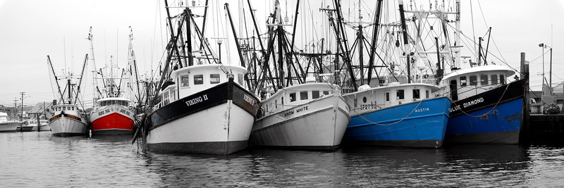 Trawlers B&W  12x36 sharpen50per&dfine 5444-47