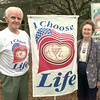 Date:   1/6/99---Rex and Georgie Willcox with his flag he created at thier home in Longview. Kevin green