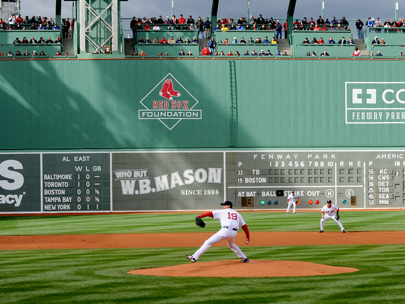 SOX TAKE ON RAYS IN 2009 HOME OPENER