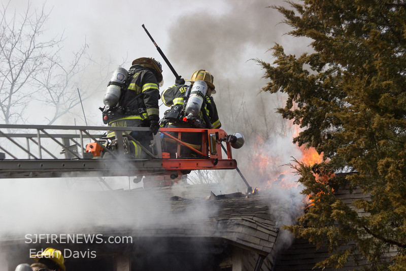03-16-2014, Dwelling, Bridgeton City, 260 South Ave  (C) Edan Davis, www sjfirenews (66)