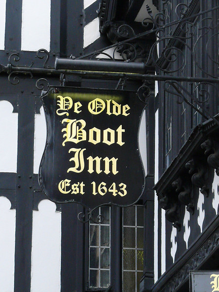 Pub Sign - Ye Olde Boot Inn, Eastgate Row North, Chester 110202