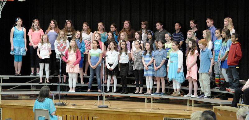 55 4th and 5th Grade Chorus Southampton Road Concert