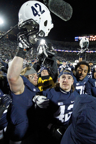 Wisconsin Penn St Mauti  Football