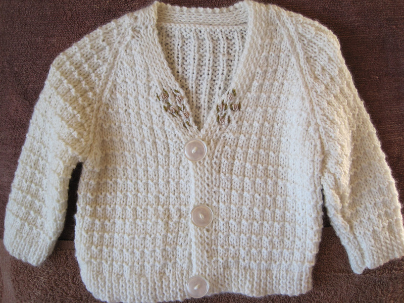BAMBINO Set - Cream basket knit jacket & baby beanie both featuring grub-rose trim in soft baby wool. 46cm chest $65+post Other colours and sizes available