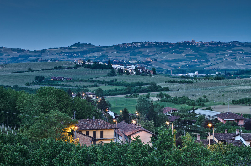 night has fallen on the Langhe