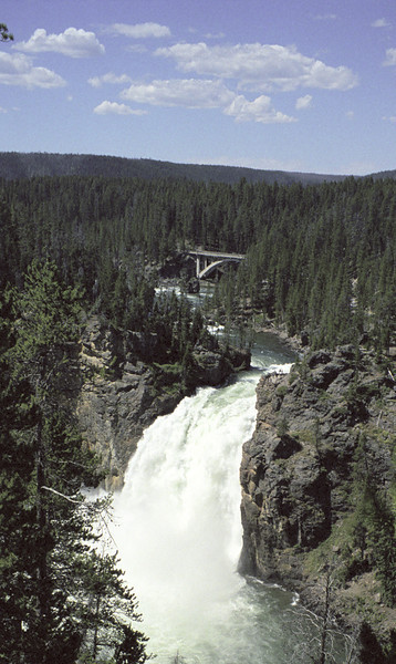 upper yellowstone falls01
