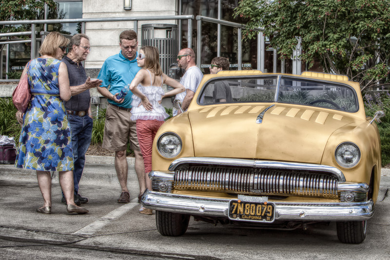Eloping Cuban Style  From the car show at mid town Sunday.  Hope you enjoy it....