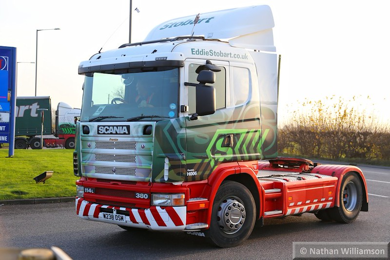 """H006 """"Frankie"""" arrives into Rugby Truck stop on the A5<br /> <br /> 20/11/14"""