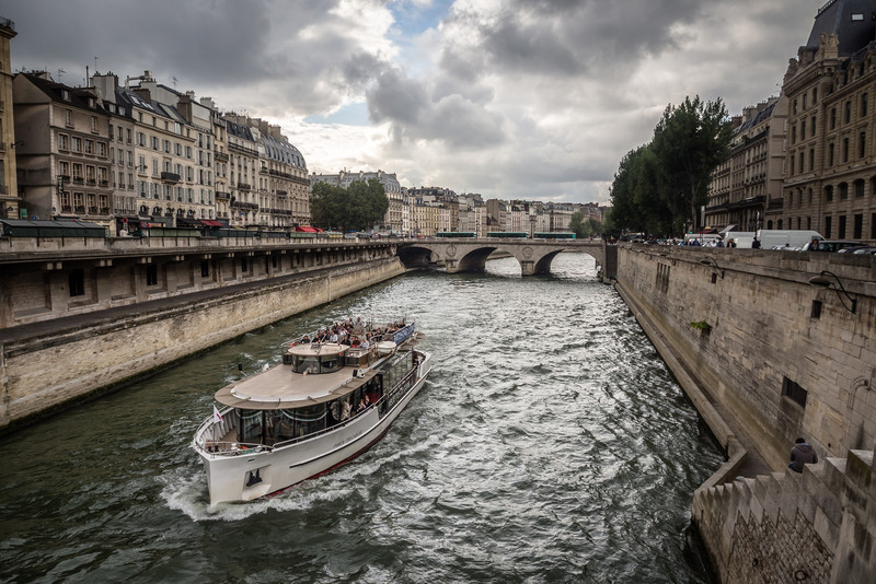 Cruising the Seine, Paris
