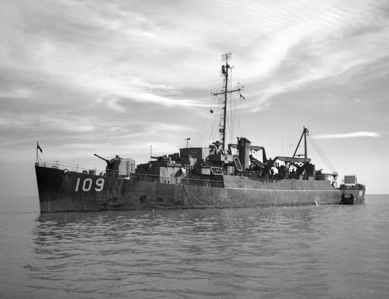USS Belet (APD-109)<br /> <br /> Date: 1946?<br /> Location: San Diego?<br /> Source: Nobe Smith - Atlantic Fleet Sales