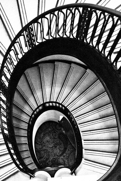 Spiral stairs, Palmer House, Chicago.