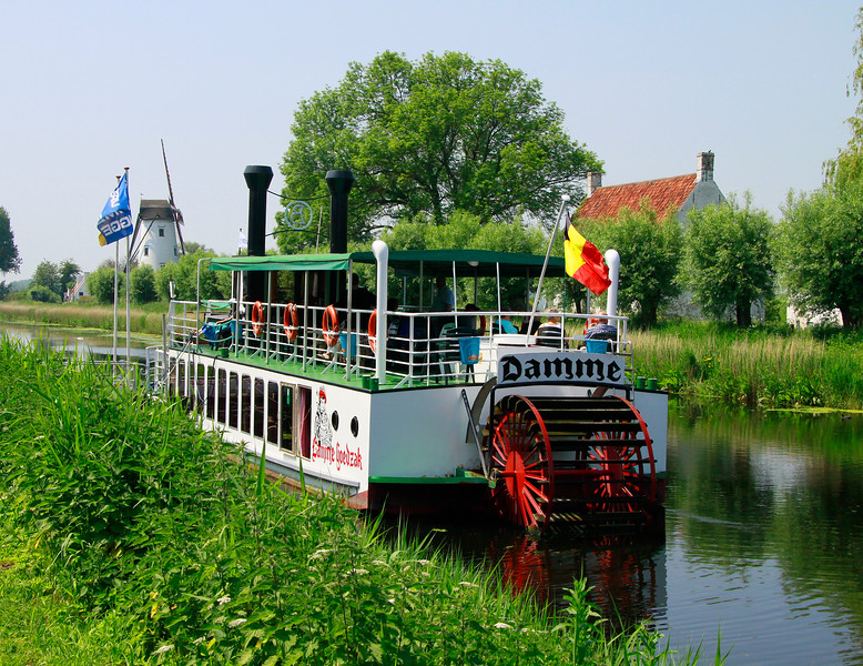 Riverboat in Damme...we rode this back to Bruges