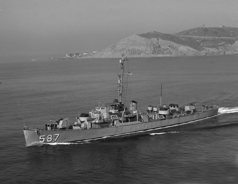 USS Thomas F. Nickel (DE-587)<br /> <br /> Date: February 9 1955<br /> Location: San Diego CA<br /> Source: Nobe Smith - Atlantic Fleet Sales