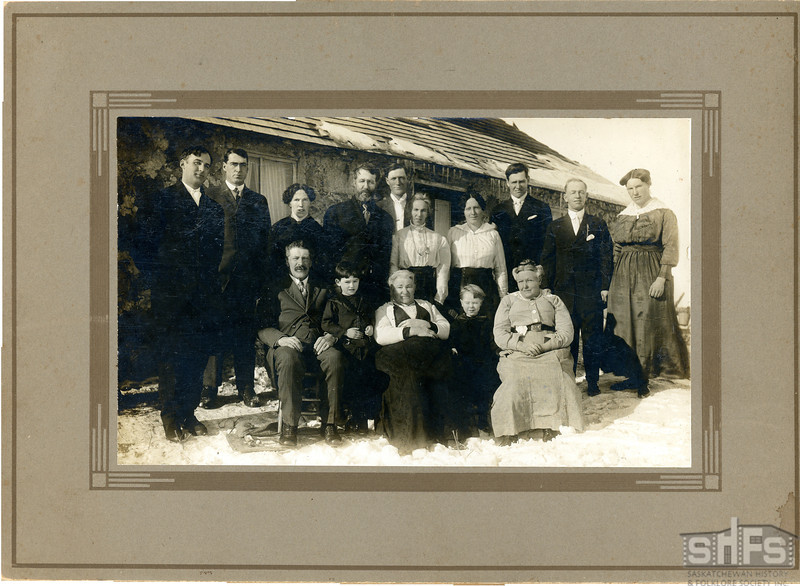 [Wedding of Nancy Watkins and Bruce Robinson, south of Arcola, 1919]