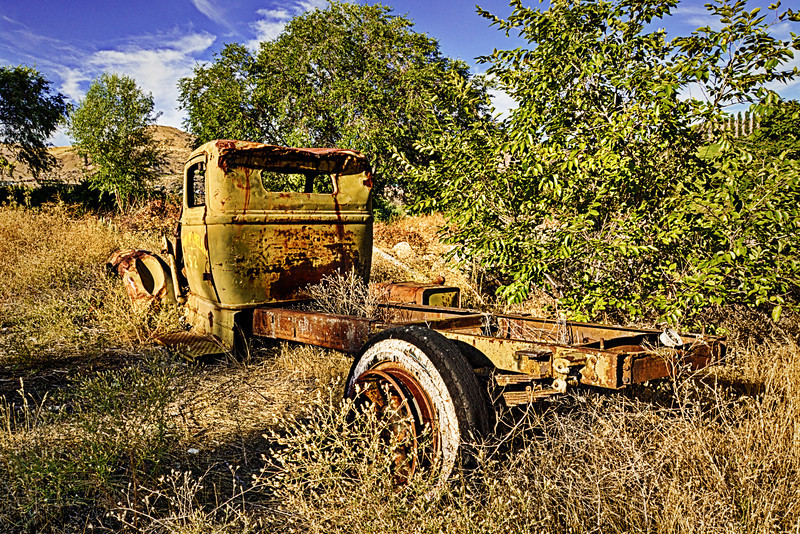 Old Truck Town of Chelan http://rickwilliamsphotography.blogspot.com/2013/11/old-truck-town-of-chelan.html