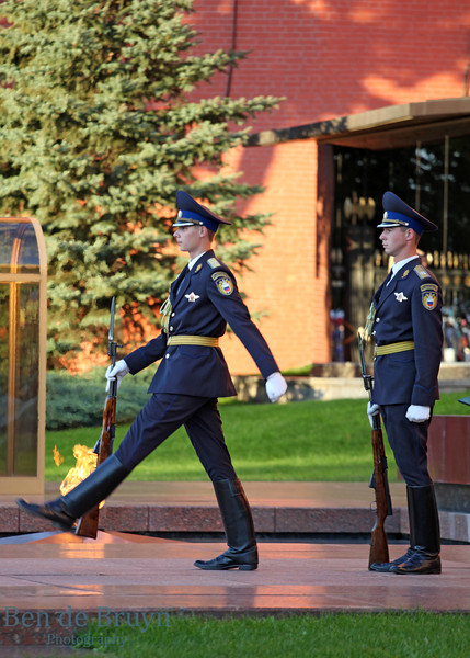 Moscow People: Changing of the guard at tomb of the Unknown Soldier View 1