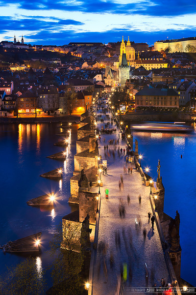 The Charles bridge lights