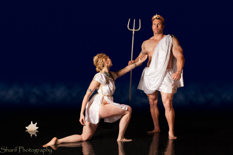 The Greek god Poseidon ignores the avances of the goddess Athena, coming to him in the shape of a beautiful mermaid.