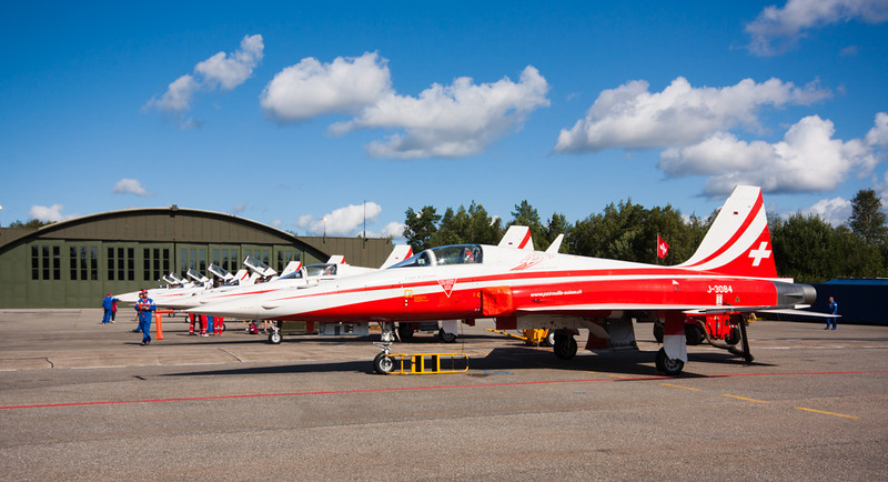 F-5E's<br /> 7 Patrouille Suisse Northrop F-5E Tiger II's parked on the tarmac at Rygge Air Show 2009