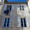 LA ROCHELLE. CHARENTE-MARITIME. OLD HOUSES IN THE CENTER OF THE CITY.