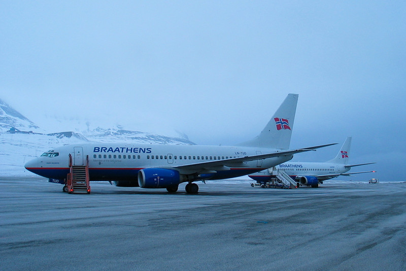 B737's at LYR Braathens B737-700 and -500 at Svalbard Airport, Longyear (LYR/ENSB). In April, when this was taken, the winter darkness is replaced with daylight around the clock (this is 0230 at night!)