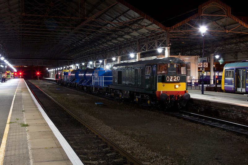 20189 awaits to depart from Huddersfield with a 3S23 22:45(Mon) Hallroyd Junction to Ilkley RHTT, the first night time run of the 2011 season in the very early hours of October 4th 2011.